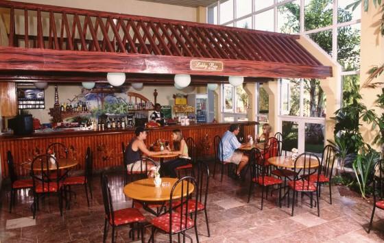Canimao - Lobby Bar