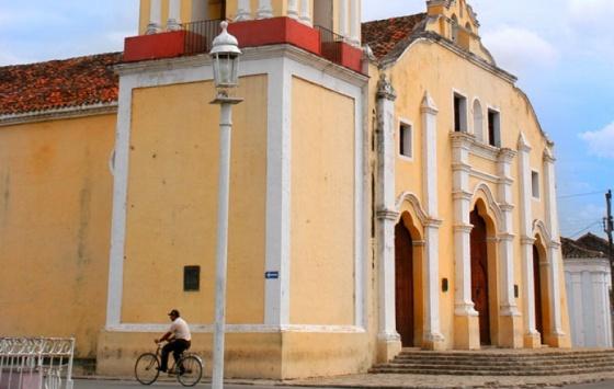 Mascotte - Church