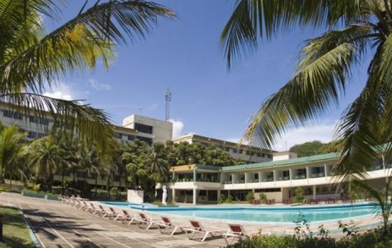 Miraflores - Swimming Pool