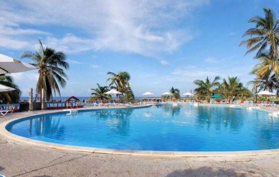Playa Giron - Swimming Pool