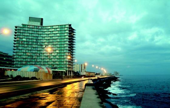 Riviera - Facade