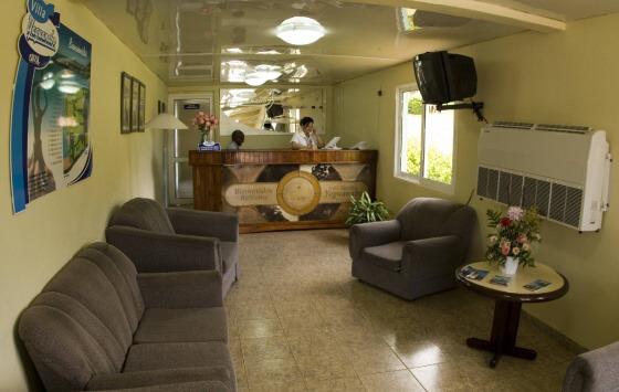 Yaguanabo - Desk