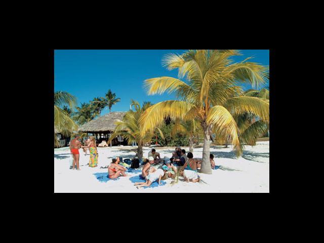 Cayo Largo - playa sirena near cayo largo