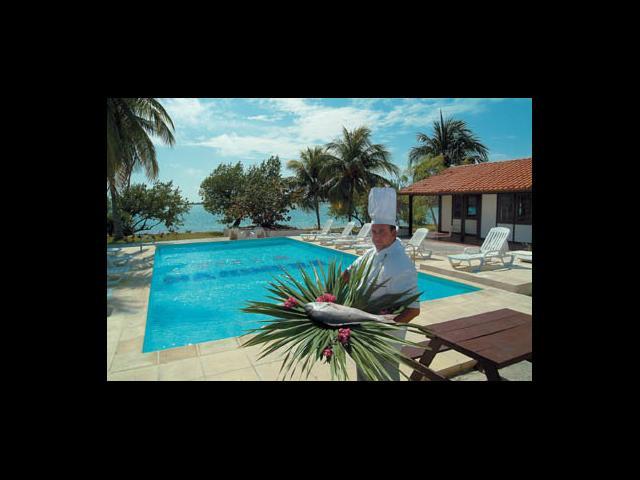 Cayo Largo - small villa accommodation cay largo