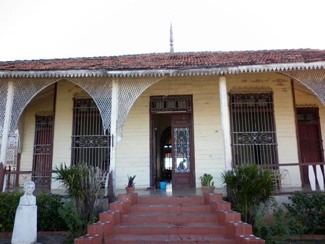Cienfuegos - Chalet en punta gorda