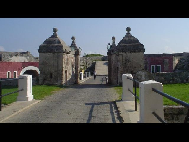 Havana City - Fortaleza San Carlos de la Cabaña