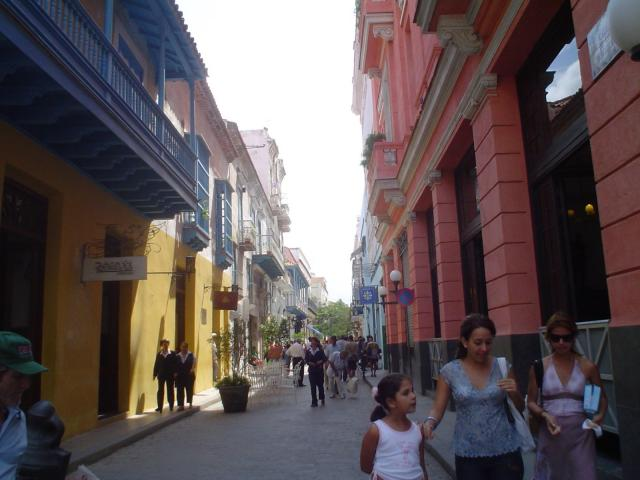 Havana City - Calle Mercaderes