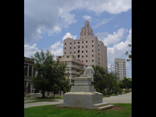 Havana City - Edificio Lopez Serrano