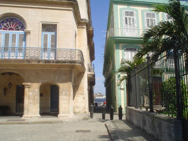 Havana City - Plaza de Armas
