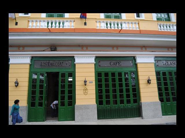 Matanzas - Hotel velasco en Plaza de la Libertad