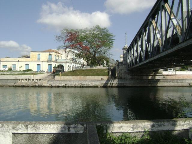 Matanzas - Plaza y puente