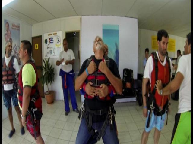 Varadero Beach - training for tandem jump in varadero